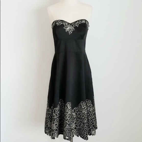 41faa9cd3f942 White House Black Market Dresses | Strapless Embroidered Cocktail ...